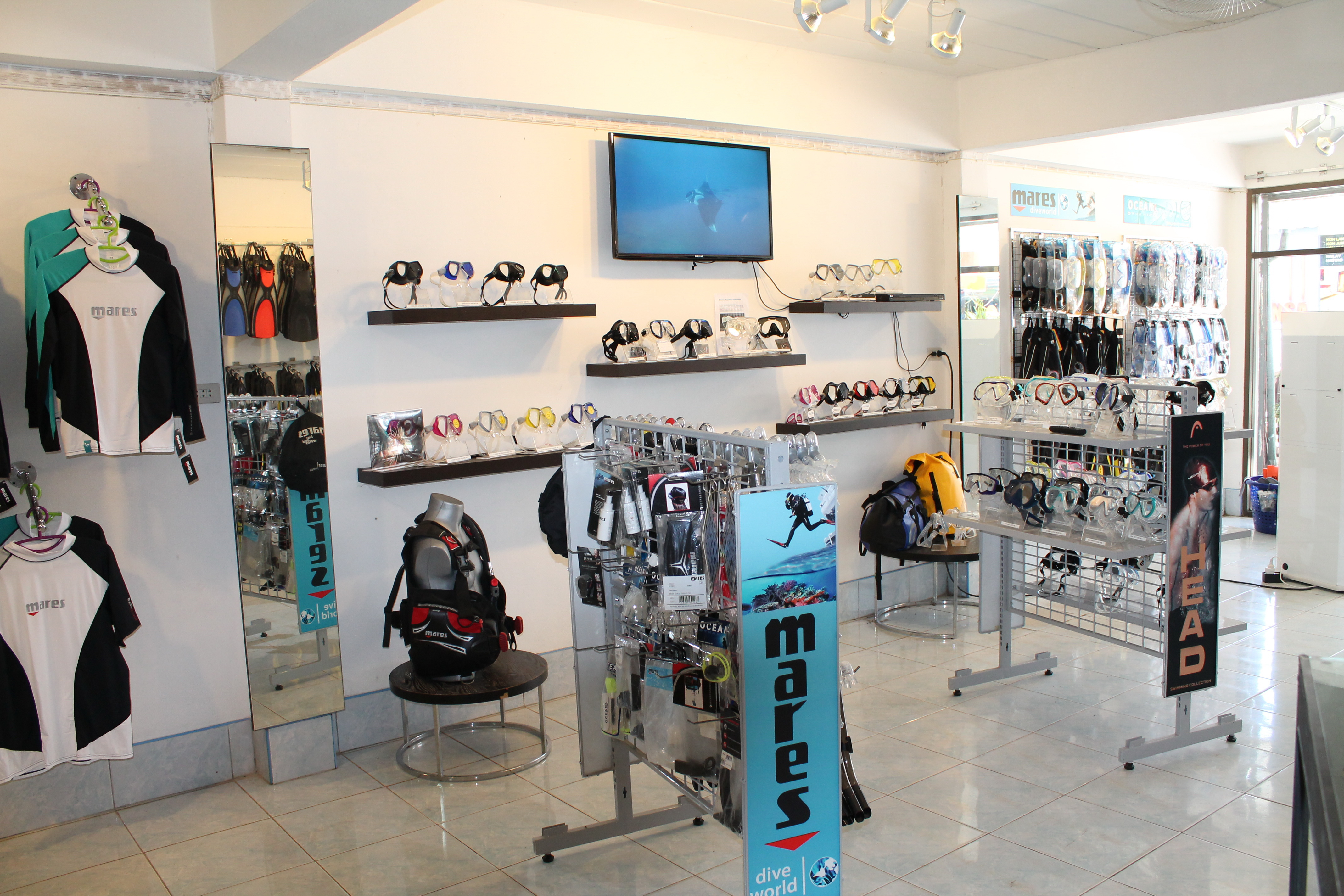 Koh lanta dive shop diving and snorkeling retail for The dive shop