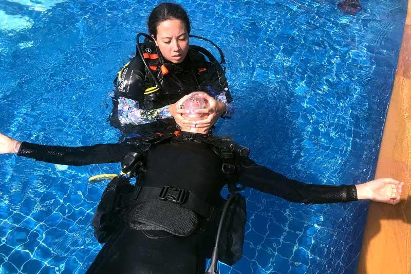 rescue diver course koh lanta